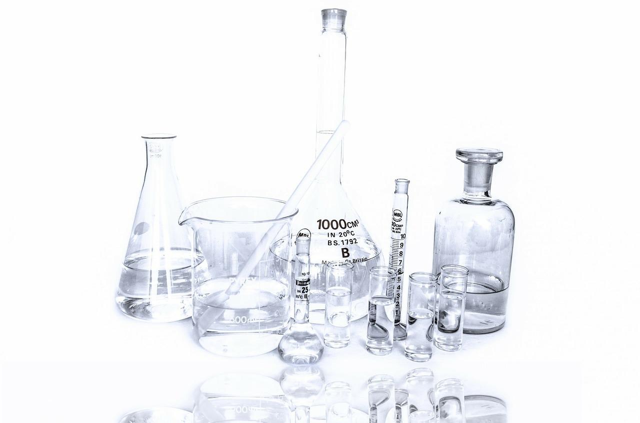 Лабораторії та якість